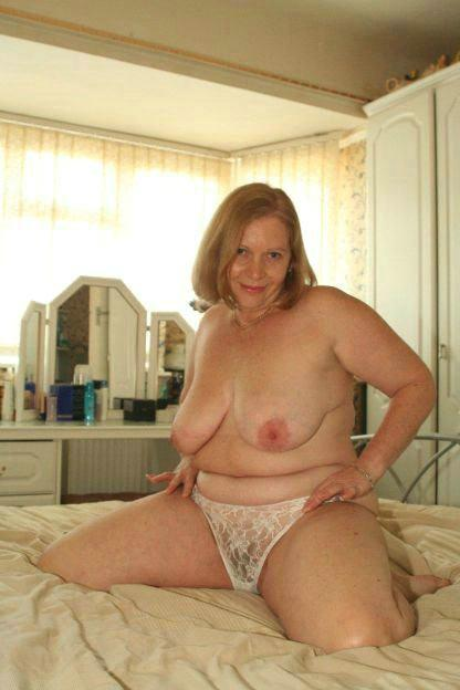 amateur grannies naked chubby